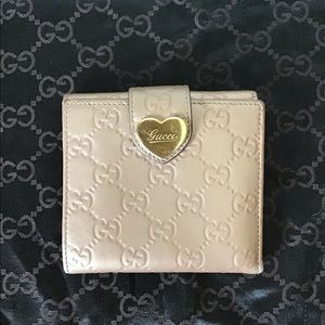 GUCCI Guccissima Leather Engraved Heart Wallet